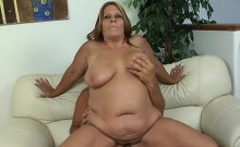 Mature fatty loves to feel bulky dicks stuffing her pussy