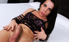 Big hot ass shemale masturbates her cock on the bed