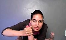 Indian chick gives blowjob and handjob