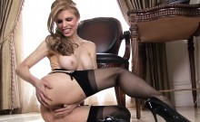 Twistys - This Candle Is Burning Hot - Candle