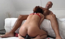 European glamour babe gives blowjob