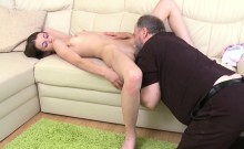 Young Chick Licked And Gives A Oral-service To An Old Chap