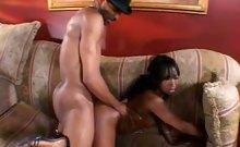 Pretty Ebony Gives Oral