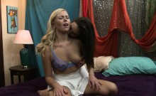 Lezzie Jelena Jensen licked and finger fucked blonde's pussy