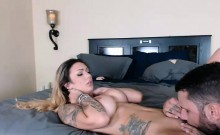 Tattooed couple is fucked and bf licked pussy on webcam