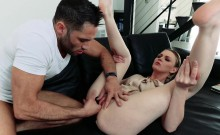 Boyfriend stops by and receive a hot blowjob