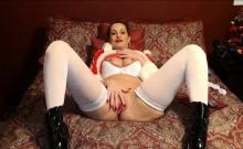 Mature Sexy Woman as Santa Wanna Have Fun Live